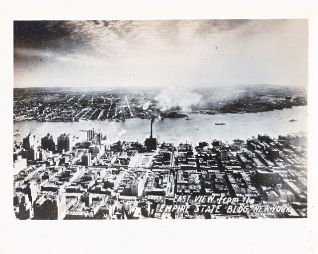 old photograph of Manhattan