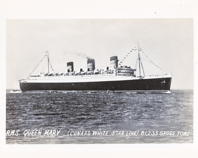 Queen Mary ship Cunnard White Star Line Manhattan